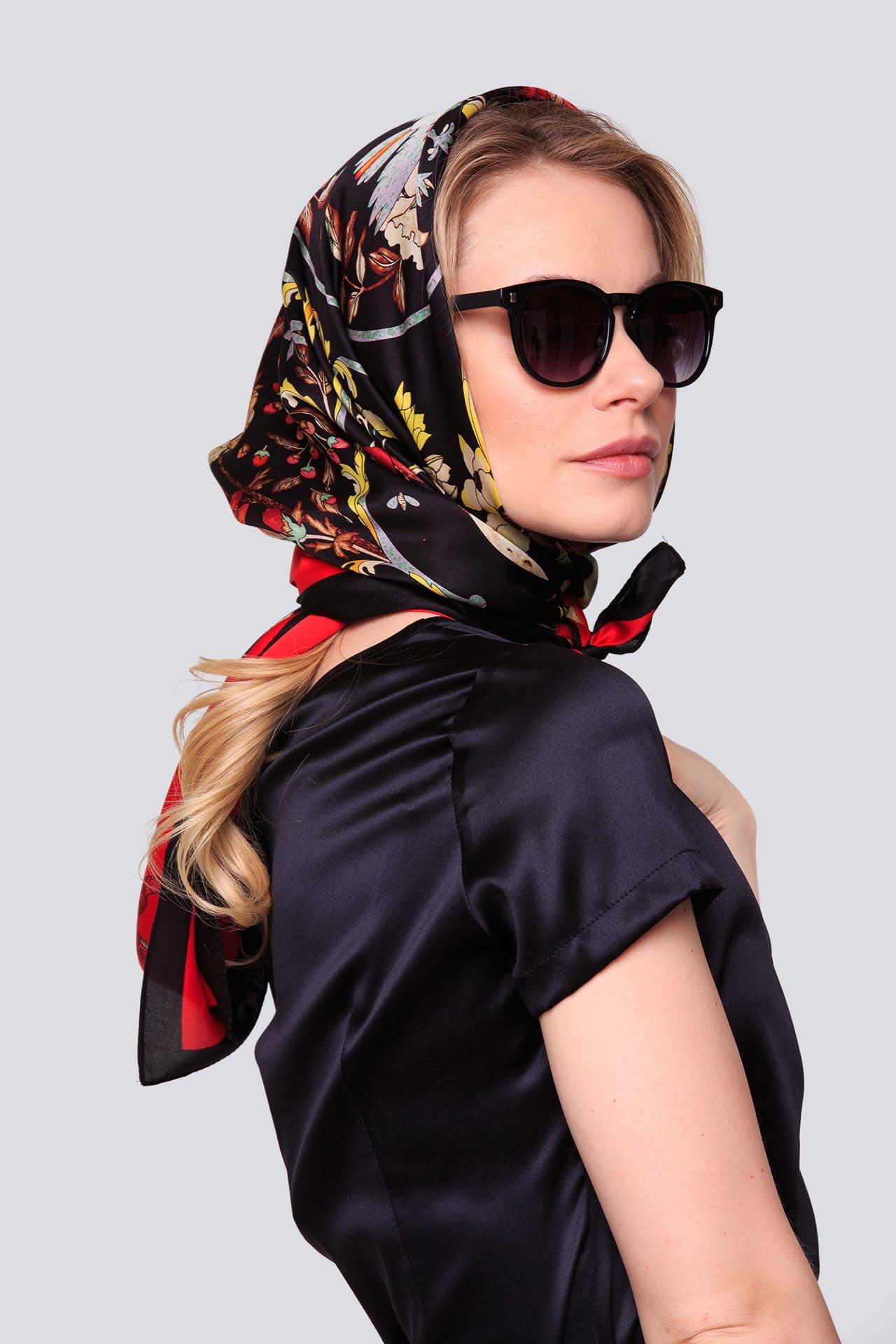 Принтованный платок из натурального шелка